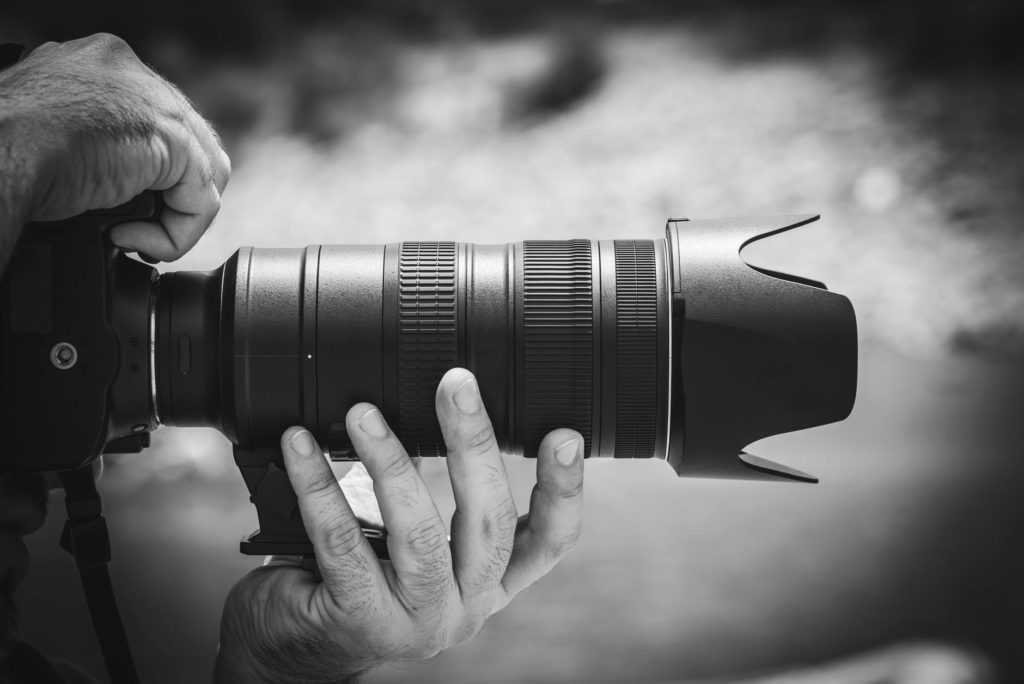 Услугами фотографа